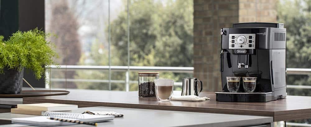 Máy Pha Cafe De'Longhi Magnifica S ECAM 22.110B