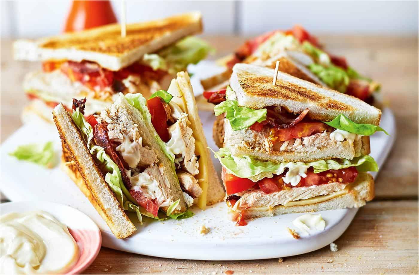 banh mi sandwich kep thit