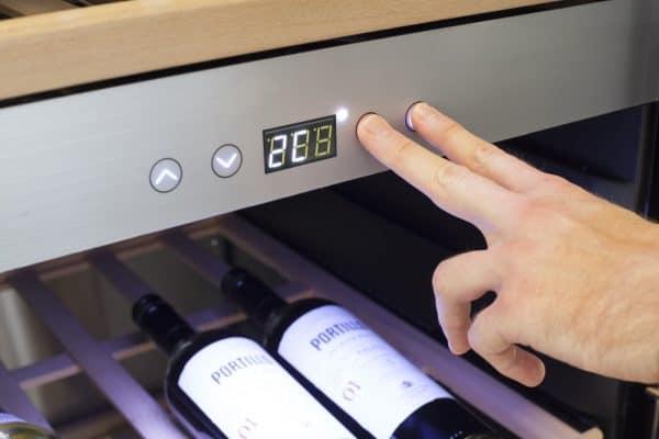 Tủ Bảo Quản Rượu Vang Caso Wine Comfort 660 Smart