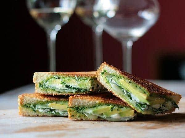 sandwich pho trai bo