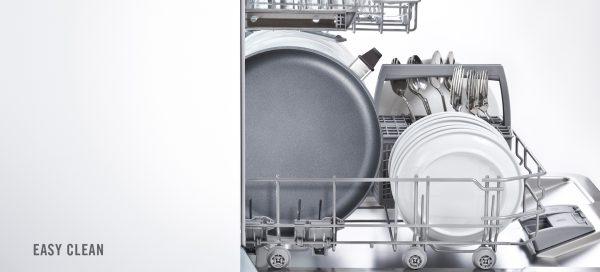Dễ dàng làm sạch chảo bằng máy rửa chén sau khi tháo tay cầm