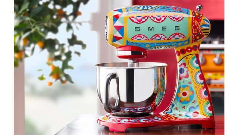Máy Trộn Bột SMEG & Dolce&Gabbana SMF03DGEU Sicily Tình Yêu Của Tôi