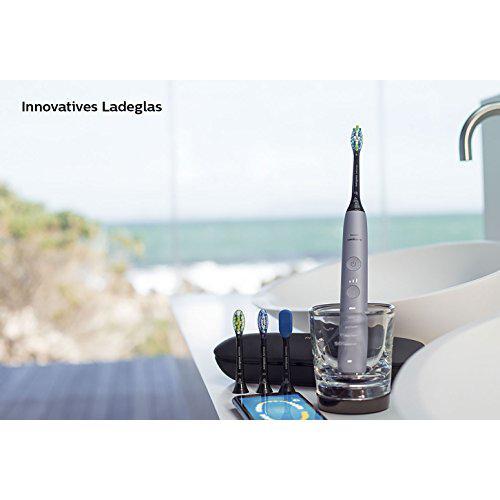 Philips Sonicare DiamondClean Smart Schallzahnbrste HX992443 mit 5 Putzprogrammen 3 Intensitten Ladeglas USB Reiseetui und 4 Brstenkpfen schonendes Putzen dank Drucksenso0