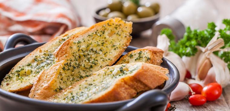 bánh mì bơ tỏi thực đơn eat clean