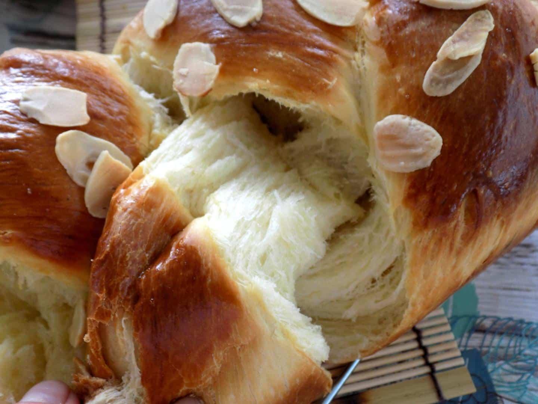 Cách Làm Bánh Mì Hoa Cúc Bằng Lò Nướng Thơm Ngon Mềm Dai