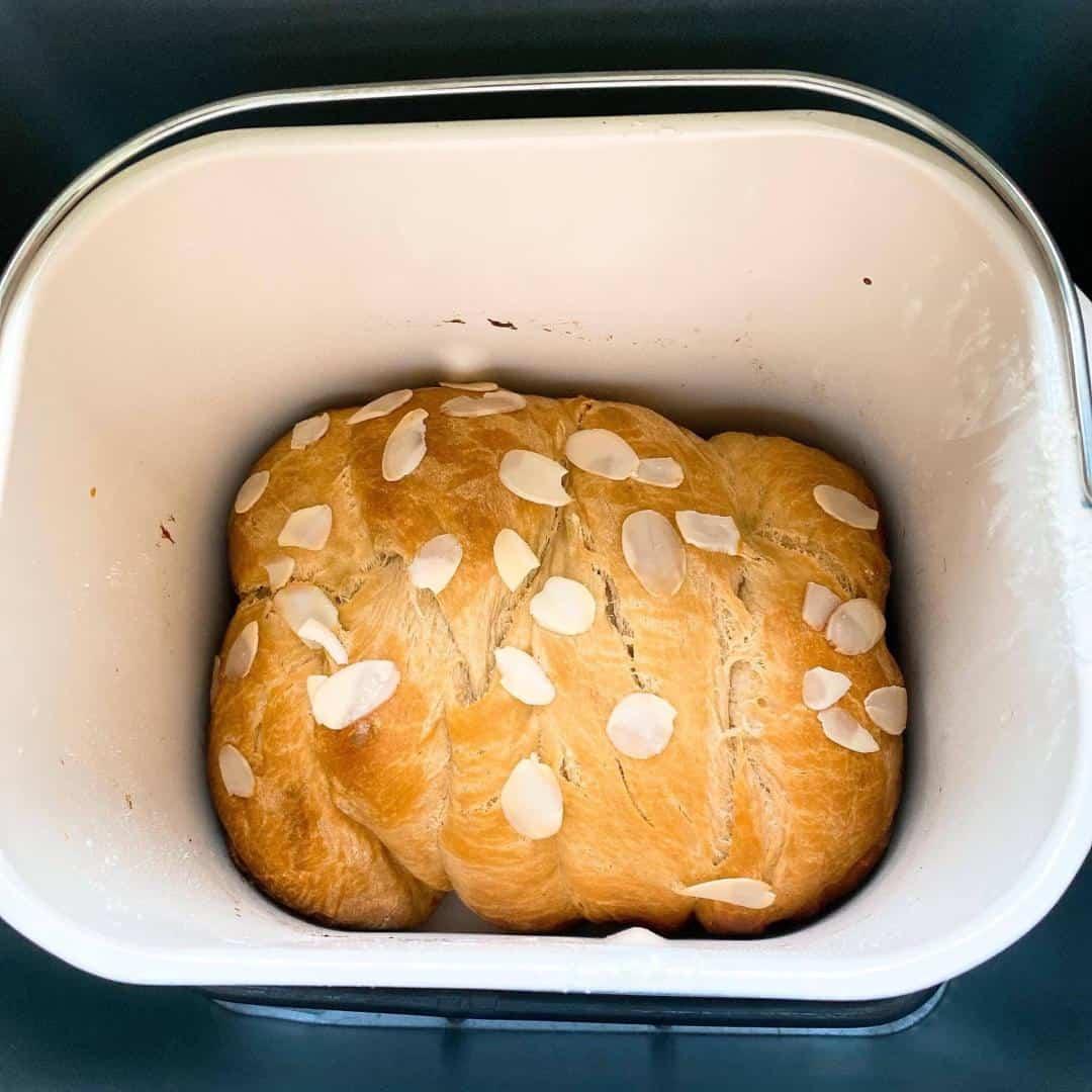 cách làm bánh mì hoa cúc với máy làm bánh mì Unold