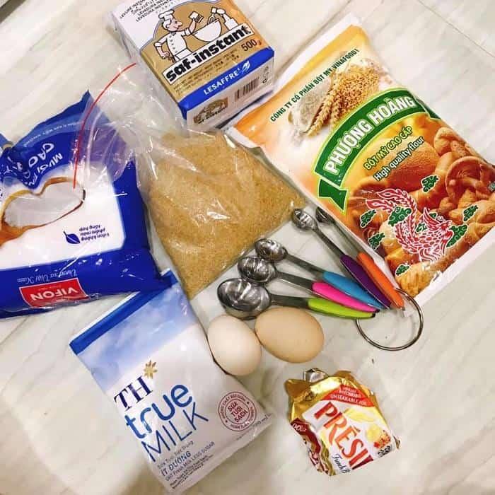Nguyên Liệu Làm Bánh Mì Tại Nhà