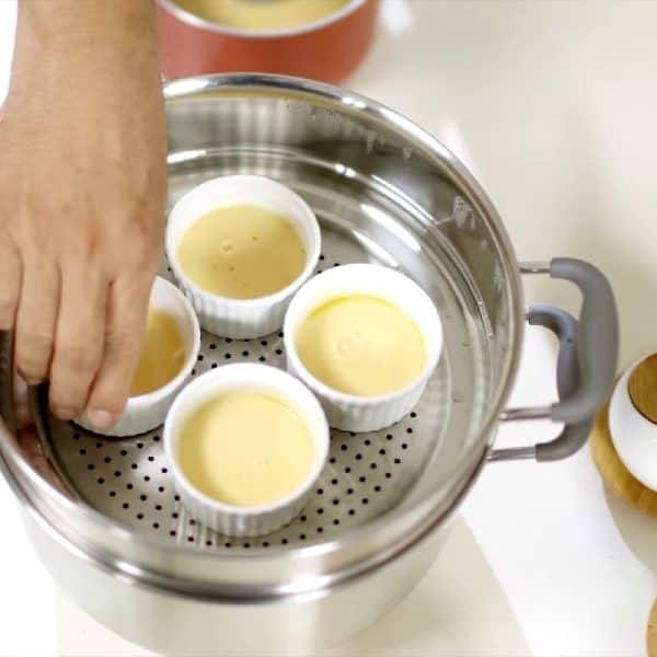 cách làm bánh flan bằng nồi hấp