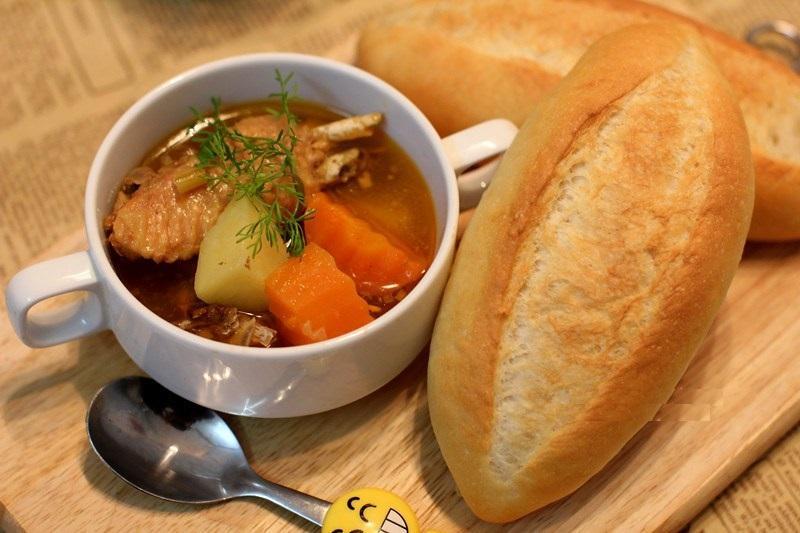 Cách Làm Bánh Mì Việt Nam Vỏ Giòn Ruột Xốp Không Phụ Gia