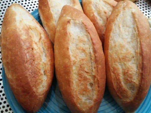 Cách làm bánh mì Việt Nam vỏ giòn ruột xốp tại nhà