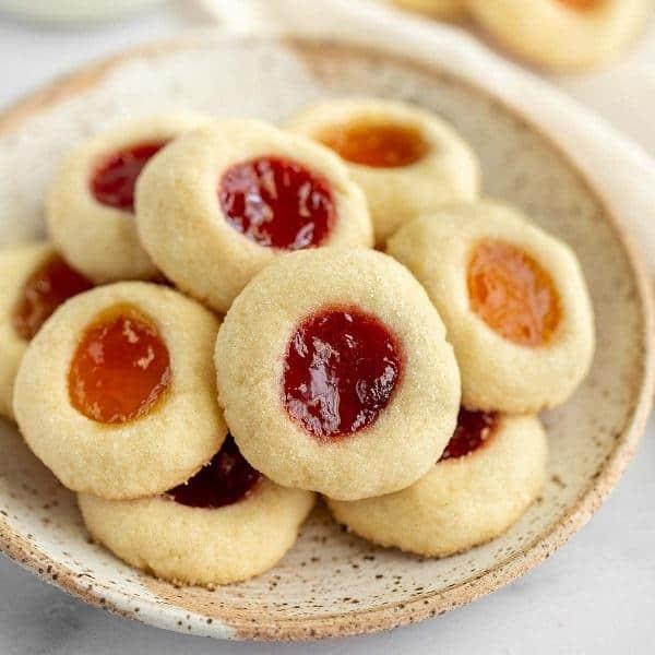 cách làm bánh quy nhân mứt hoa quả