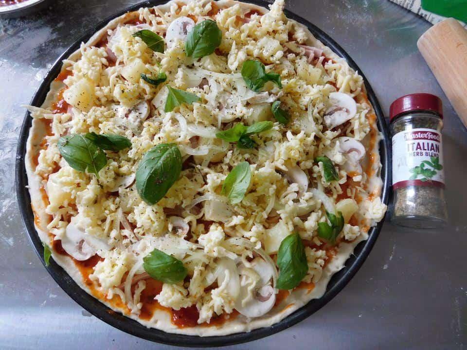 Cách tự làm pizza tại nhà