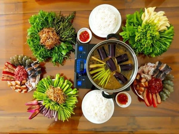 Cách nấu lẩu mắm cá linh tại nhà