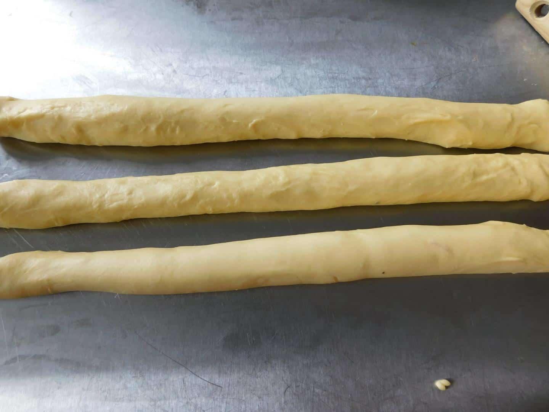 Cách làm bánh mì hoa cúc bằng nồi chiên không dầu